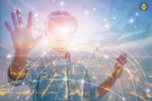 Mensch mit VR-Brille, transparenter Hintergrund einer Stadt, Digitalisierung, Agilität